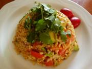 食べるラー油で♪アボカド・トマト・炒飯の写真