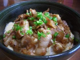 大和芋と梅肉の豚丼ちゃん♪