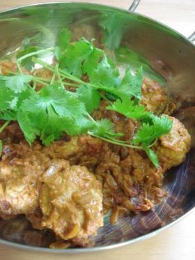 鶏団子のインドカレー チキンコフタ