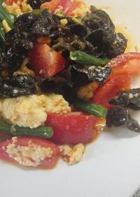 ♡トマトと卵のピリッと辛い中華炒め♡
