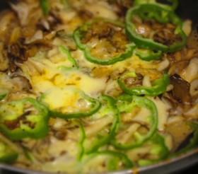 おつまみに☆舞茸とピーマンのチーズ焼き