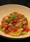 5分でアボガド・ツナの冷製トマトパスタ