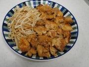 鶏モモともやしの甘酢煮の写真