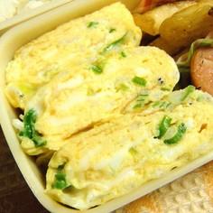 お弁当に❀葱とじゃこの卵焼き