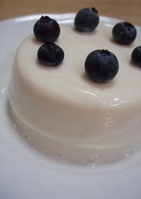 水切りヨーグルトのレアチーズケーキ風^^