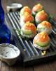 アボカド&サーモンで手毬鮨。