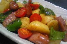 ジャガ芋とソーセージ夏野菜のカレー炒め
