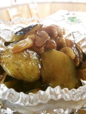 ☺鶏皮とナスのにんにく炒め煮☺
