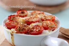 焼きプチトマトとむきえびマカロニグラタン