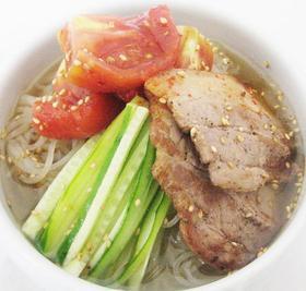 【『とまとキムチ』の韓国水冷麺】の作り方
