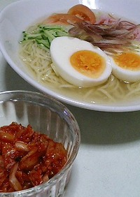 スープたっぷり♪韓国風冷麺