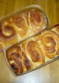 メイプルロールパン