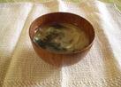 玉ねぎとわかめのお味噌汁