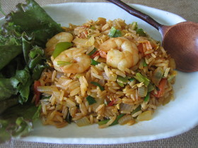 短時間で簡単!タイ米から作るナシゴレン