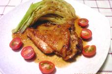 キャベツと鶏もも肉のジンジャーソテー
