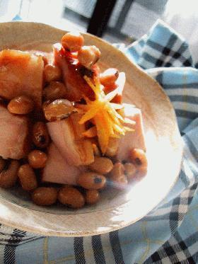 焼き豚と大豆の甘辛煮。