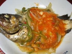 白身魚のまるごと紹興酒蒸しチリソース