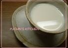 ホットミルクにハチミツを。