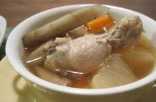 根菜と鶏手羽のほっこりスープ