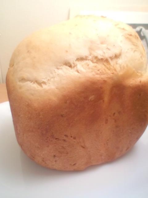 カリっもちっ♪HBで玄米甘酒食パン