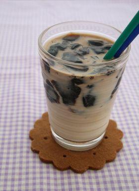 ぷるぷるコーヒーゼリーの豆乳ドリンク♥