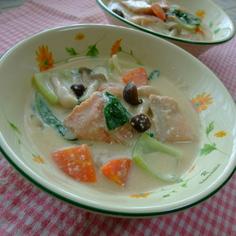 生鮭の豆乳シチュー