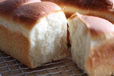 自家製酵母で湯だね食パン