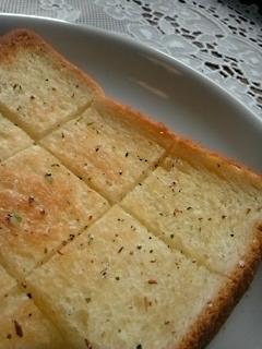 オリーブオイル香る☆姉ぶた家定番トースト