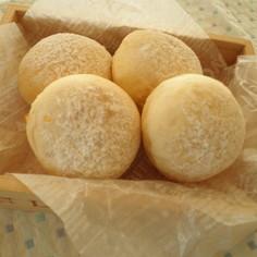 チーズクリーム入り✿フィールハニー白パン
