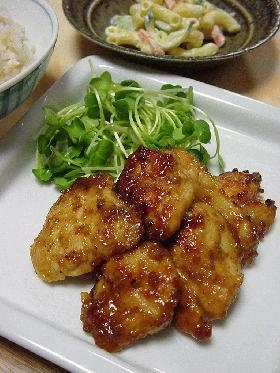 鶏胸肉の胡麻味噌てり焼き。