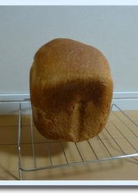 米粉と強力粉でもっちり食パン HB使用