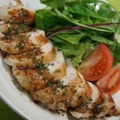 鶏むね肉のステーキ・バルサミコソース