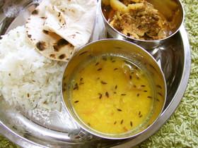 インドのダルスープ