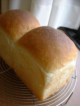 翌日もフカフカ@基本のパン生地