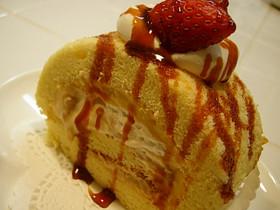 プリンクリーム風ロールケーキ