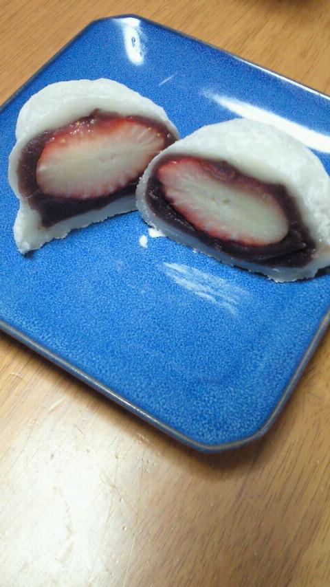 余った切り餅でイチゴ大福☆