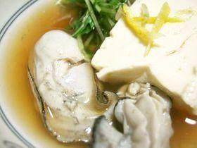 湯豆腐で牡蠣しゃぶ