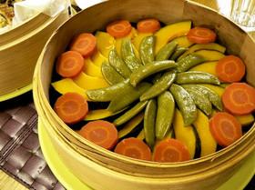 せいろで蒸したおいしい緑黄色野菜♪