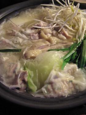鶏出汁が旨い 天然コラーゲン鍋