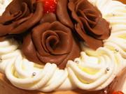 簡単デコ♡バレンタインにチョコでバラの花の写真