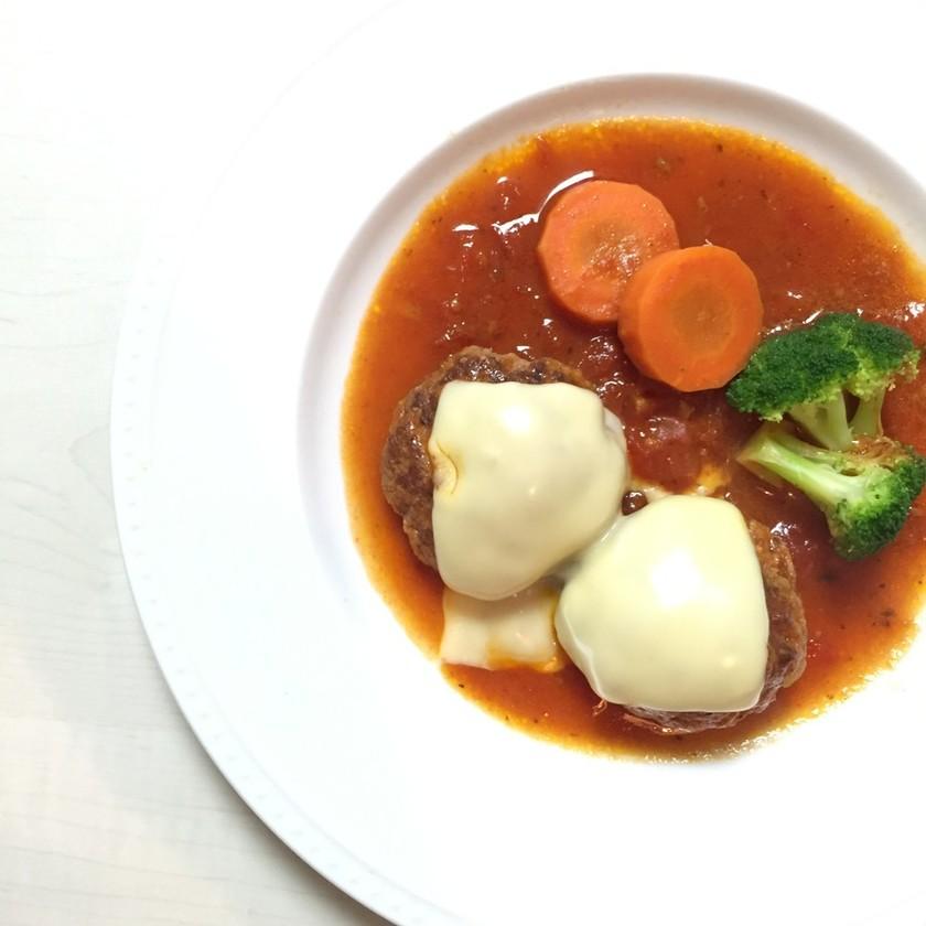 ♡ ふわっふわ♡ の煮込み豆腐ハンバーグ