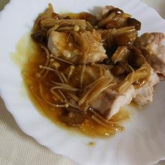 鶏のむね肉焼き ~きのこ餡かけ~