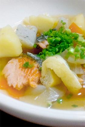 楽ちん♪鮭の具だくさん味噌汁【石狩汁】
