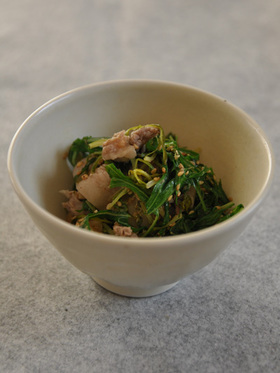水菜と豚肉のゴマ煮