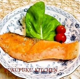 定番★生鮭(秋鮭)のムニエル