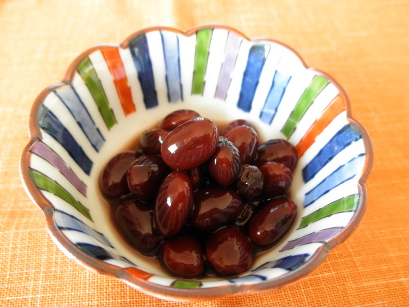 圧力鍋使用 黒豆 のグレープジュース煮