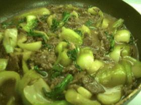 チンゲン菜と牛肉のオイスター油炒め
