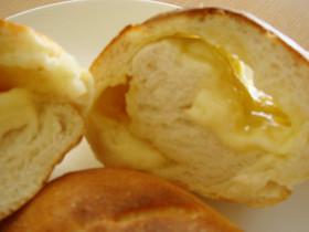 HBで簡単☆ゴーダチーズinフランスパン