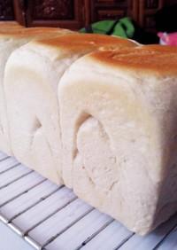 ごく普通の食パン(中力粉だよ)