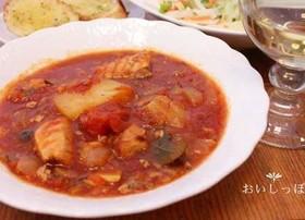 サバ水煮缶とトマト水煮缶でブイヤベース